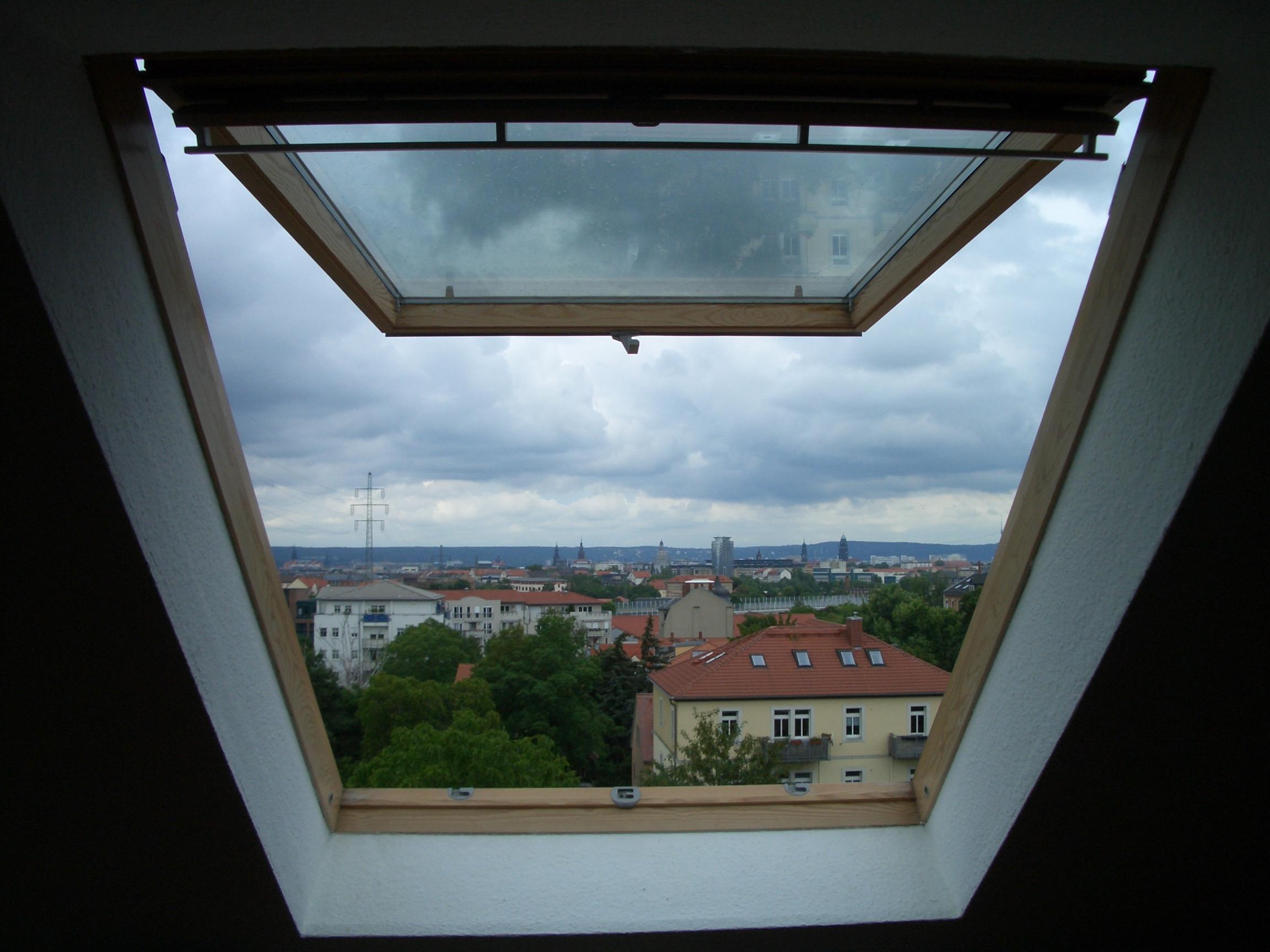 Bekannt VELUX Klapp-Schwing-Fenster, 45 Öffnungswinkel Panorama | garten HG36